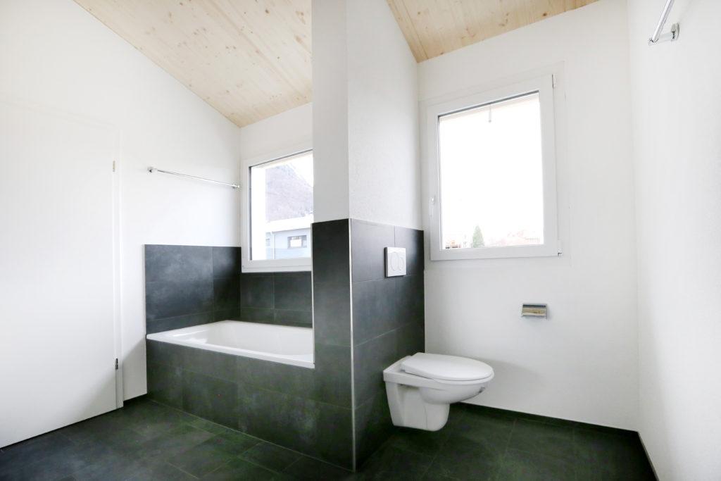 Badezimmer Badewanne Toilette