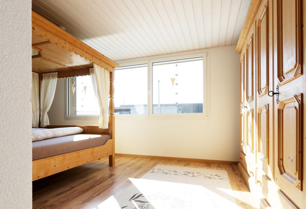 EFH Hermann Anbau Kunststoff Fenster Schlafzimmer
