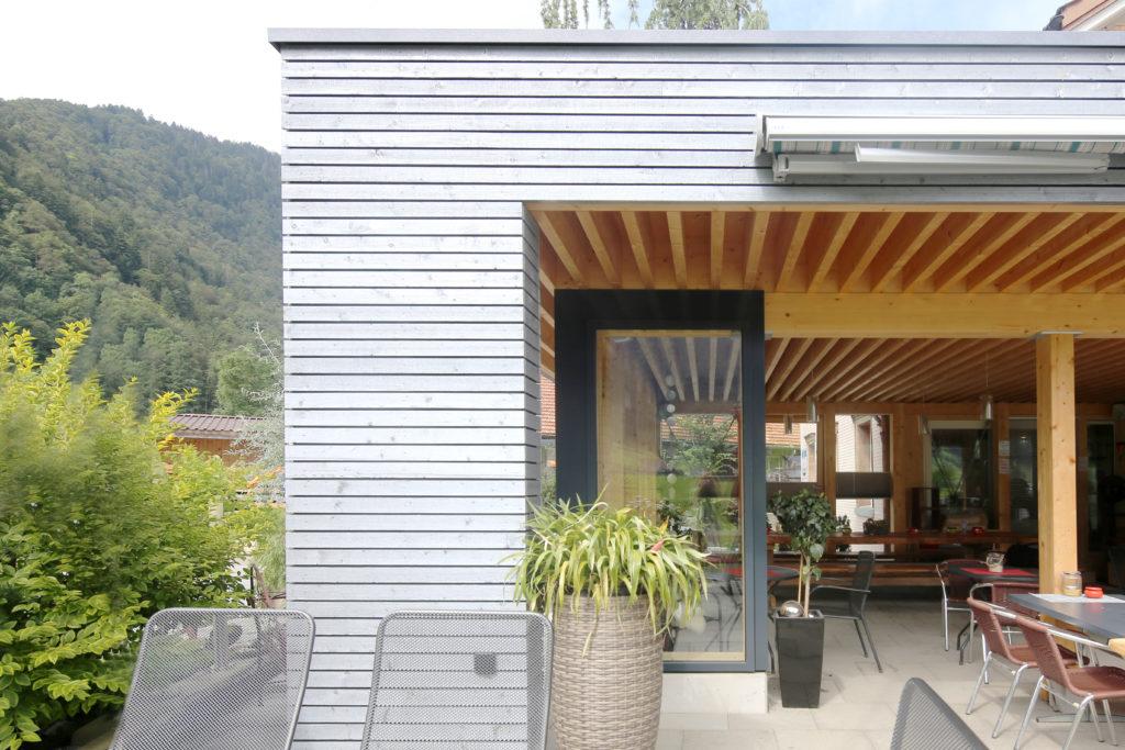 Anbau Restaurant Churfirsten Holzfassade