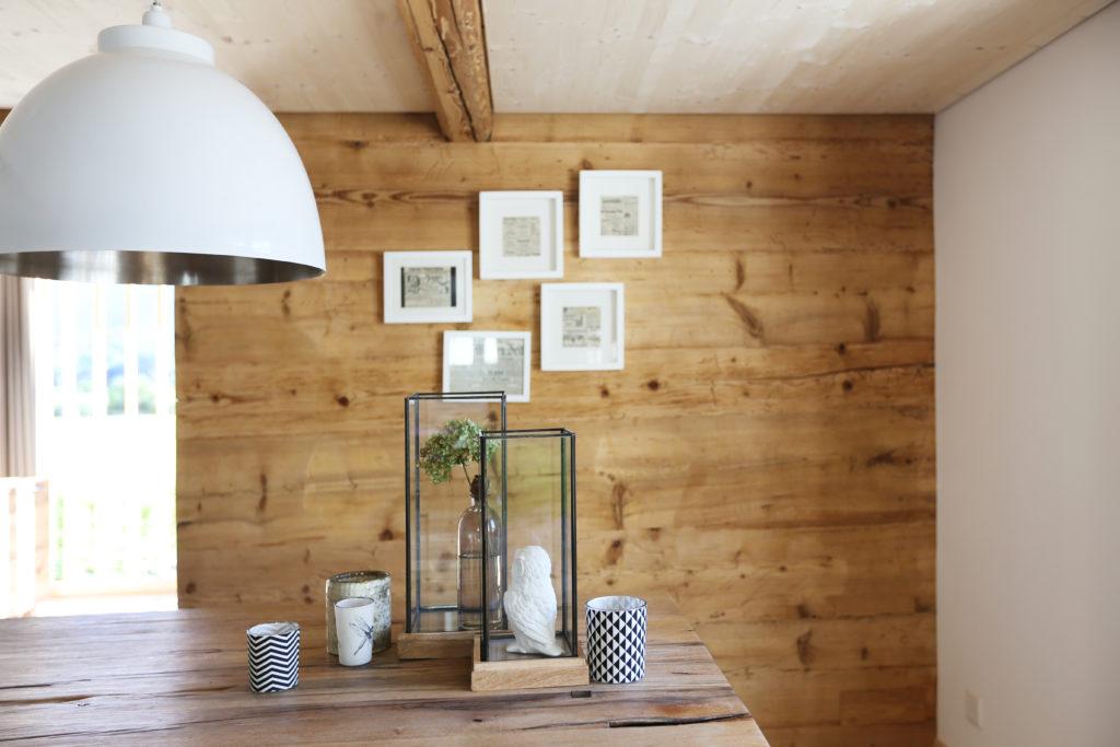 Esszimmer Holzdecke