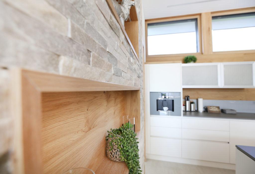 Holznischen Wand Kueche