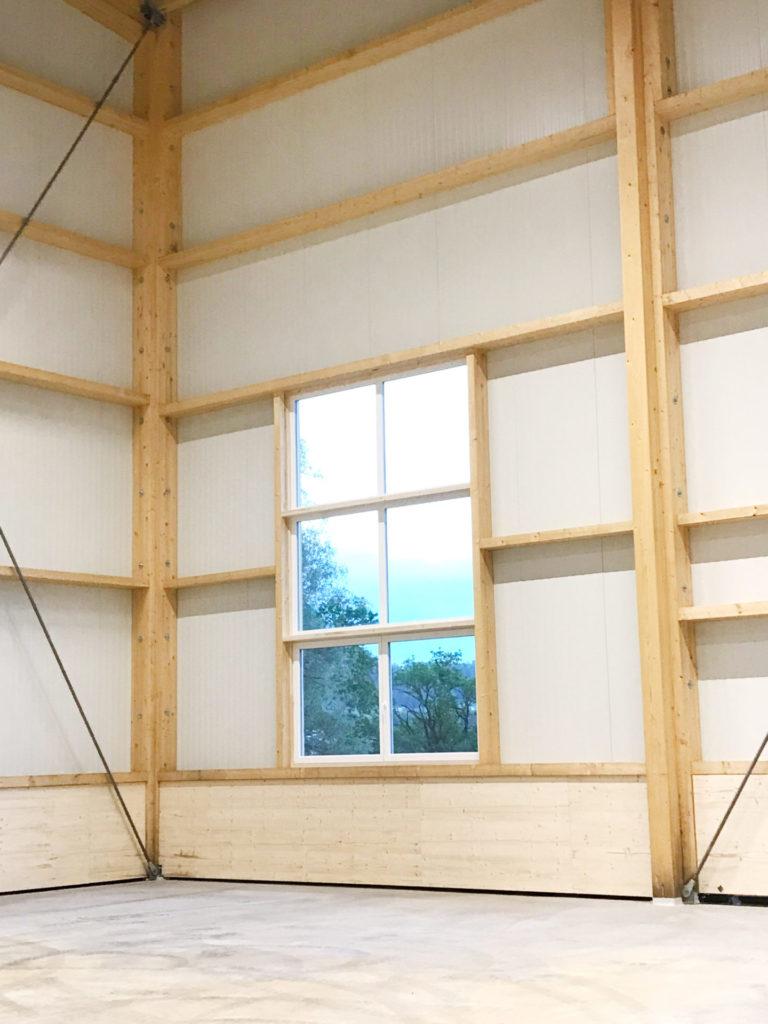 Lagerhalle Innenansicht Kunststoff Fenster