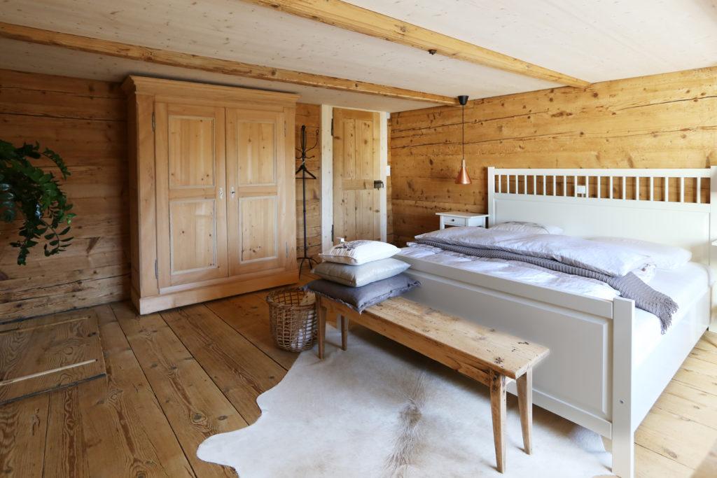 Schlafzimmer Holzdecke Holzboden