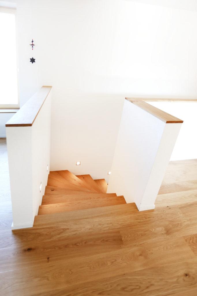 Treppe Freitragend