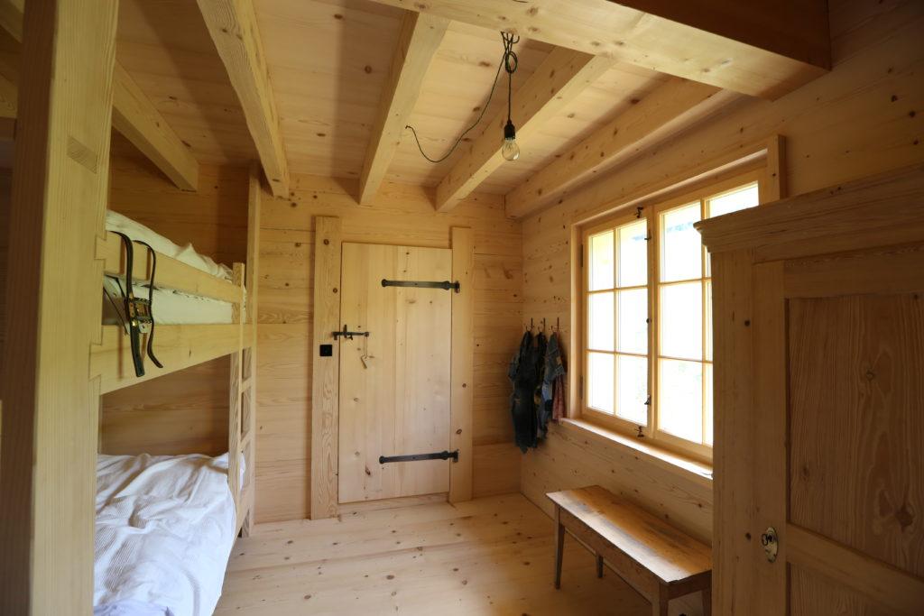 Umbau Schlafzimmer Holz 01