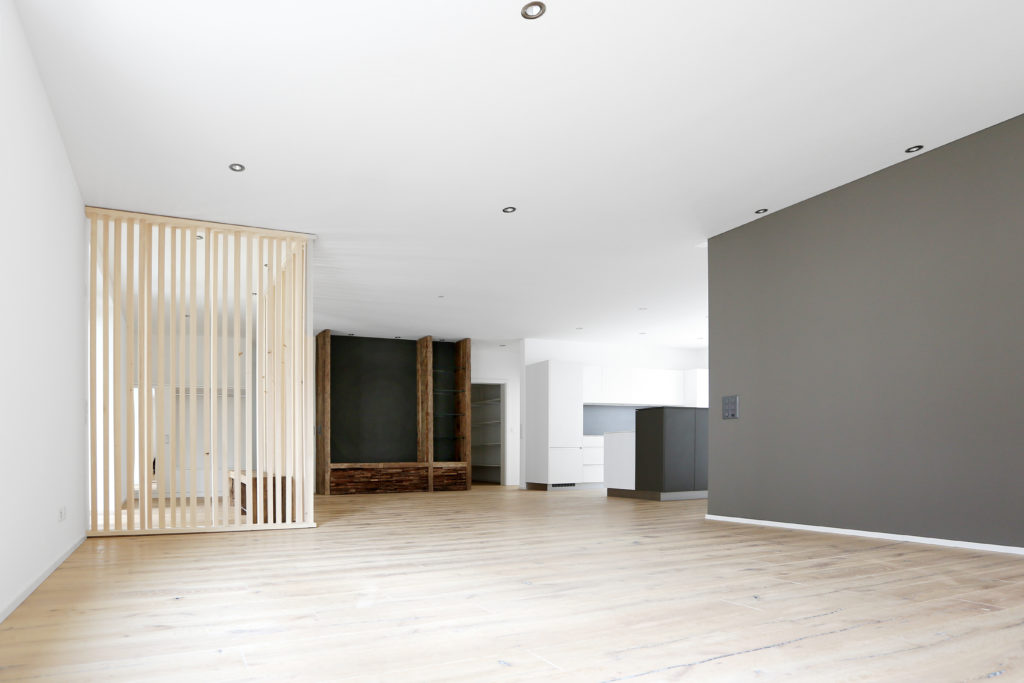 Wohnbereich Holzboden