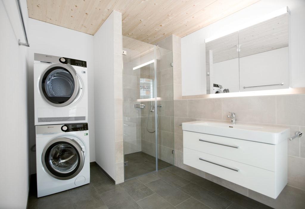 Badezimmer Waschküche Badmoebel