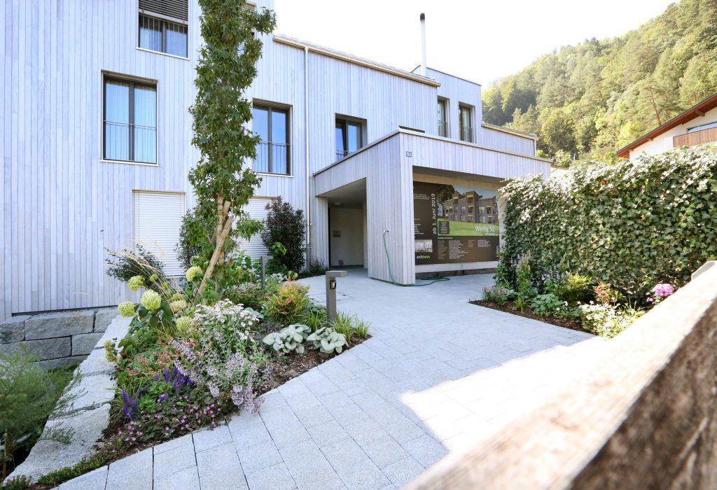 Mehrfamilienhaus Aussenansicht Holzbau