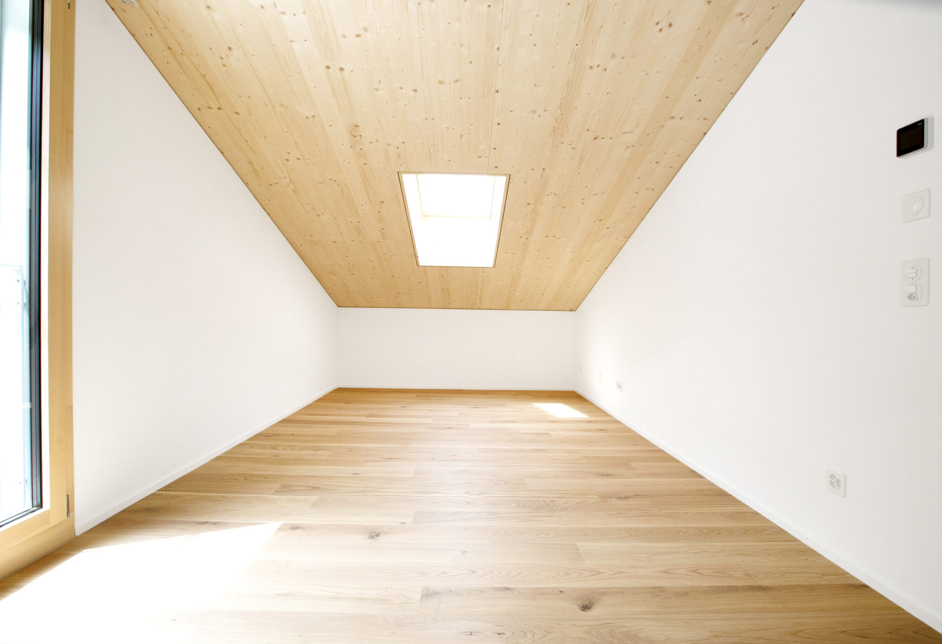 Wohnraum Holzbau Holz Aluminium Dachfenster