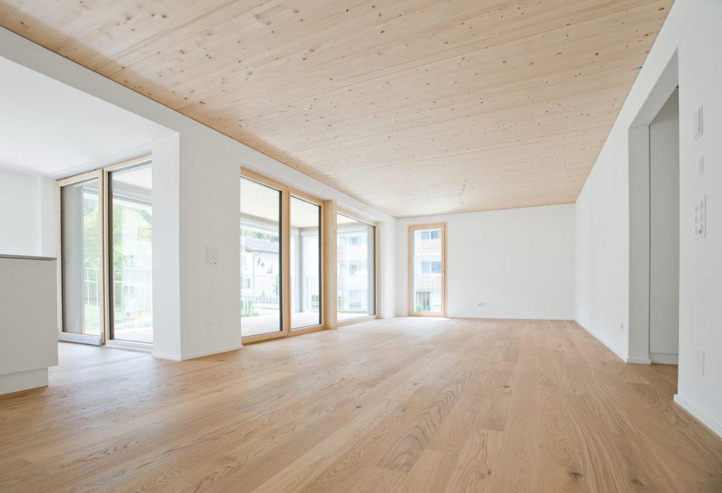 Wohnzimmer Holzbau Holz Aluminium Fensterfront