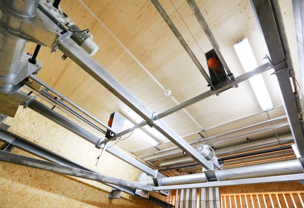 Holzbau Heizzentrale Innenansicht