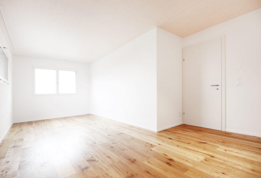 Neubau Einfamilienhaus Holzbau Bodenbelag Eiche Landhausdielen Kunststoff Aluminium Fenster