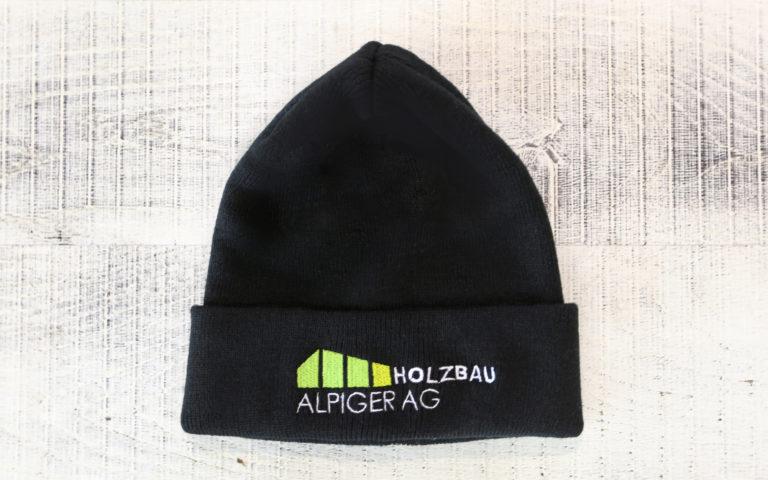 Strickmuetze Schwarz Alpiger Holzbau